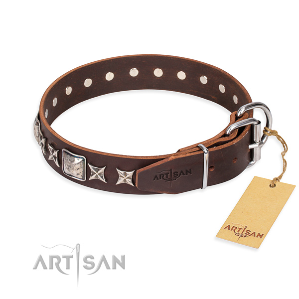 Handy use leather collar with studs for your doggie