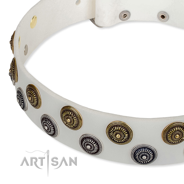 Genuine leather dog collar with exquisite decorations