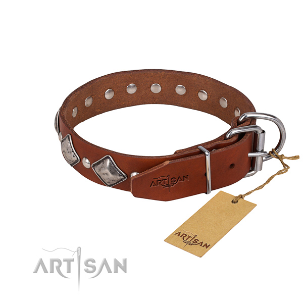 Natural leather dog collar with smooth finish