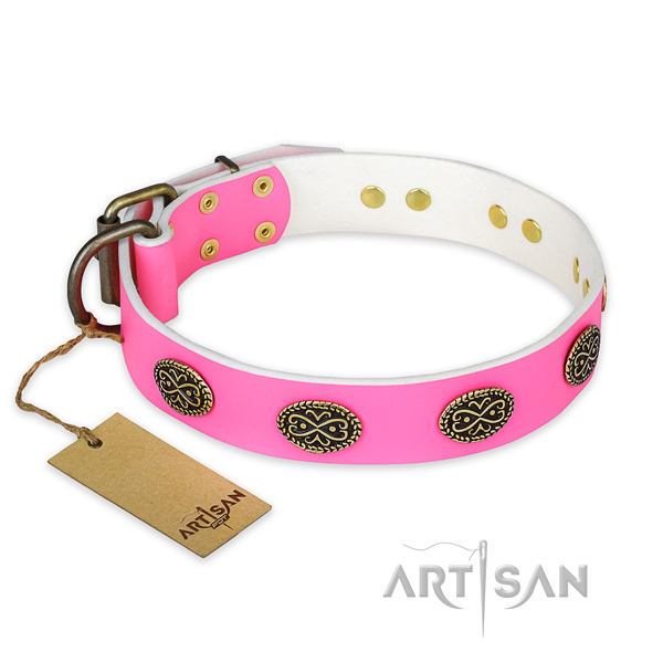 Impressive genuine leather dog collar for handy use