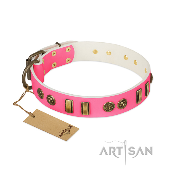 Comfortable genuine leather collar for your pet