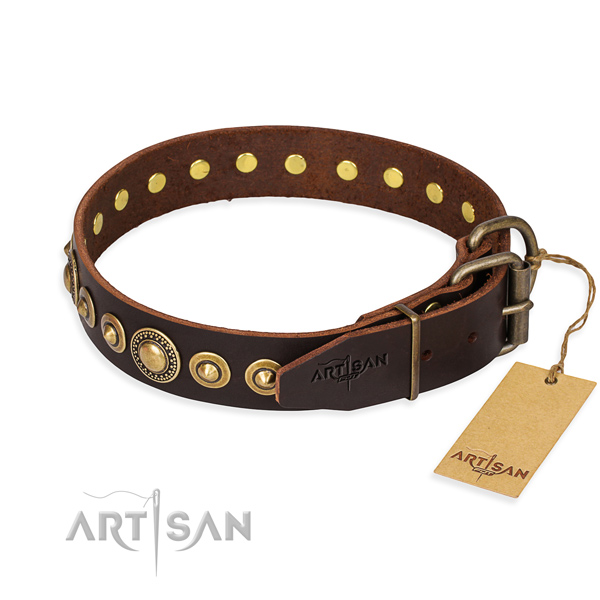 Top notch leather dog collar handmade for handy use