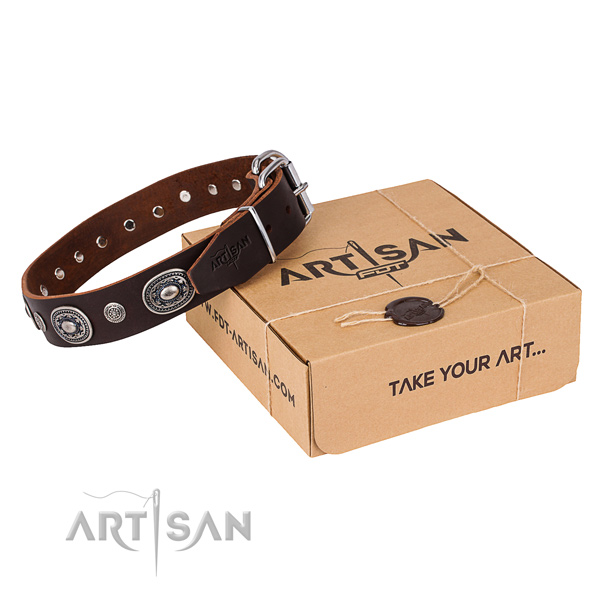 Top rate genuine leather dog collar handmade for handy use