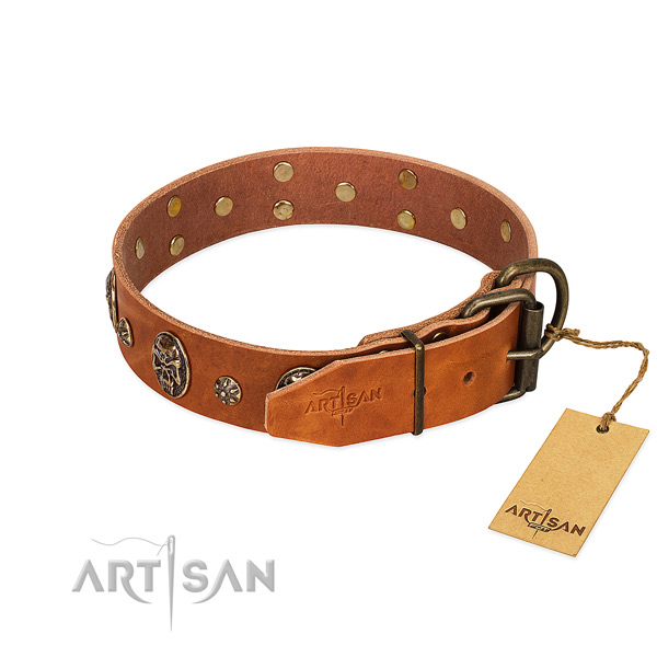 Strong D-ring on full grain genuine leather dog collar for your dog
