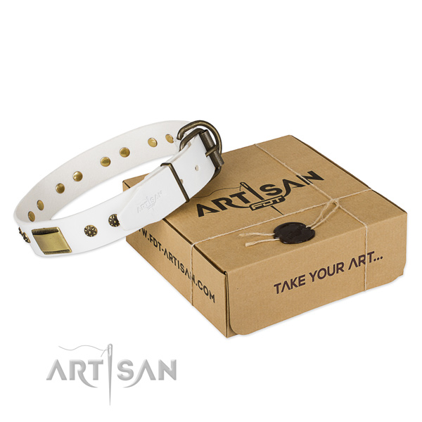 Stylish design natural genuine leather collar for your lovely dog