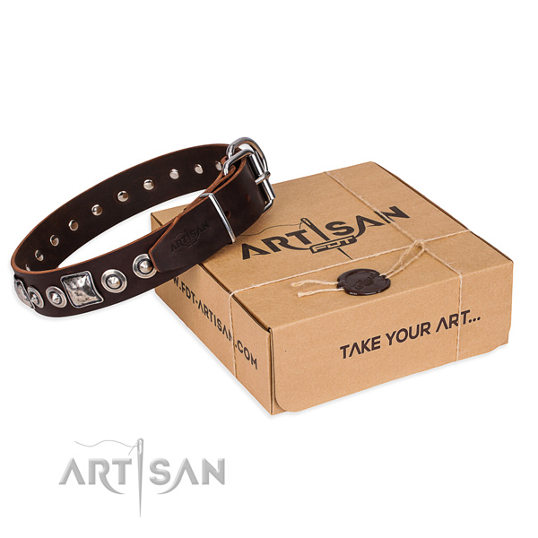 Natural genuine leather dog collar made of best quality material with durable D-ring
