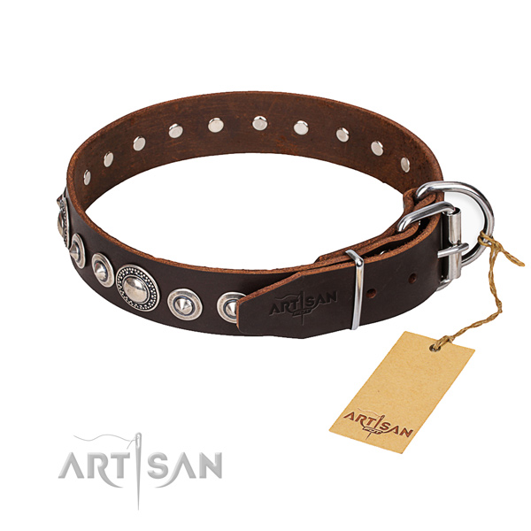 Natural genuine leather dog collar made of high quality material with strong buckle